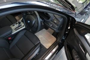 BMW 運転席