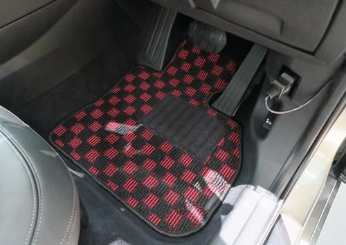 F46 運転席